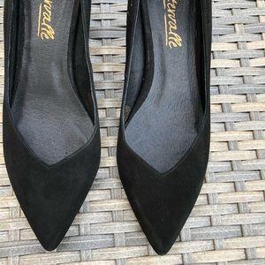 L'intervalle Perseo Black suede heels
